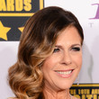 Rita Wilson's Side-Swept Glam