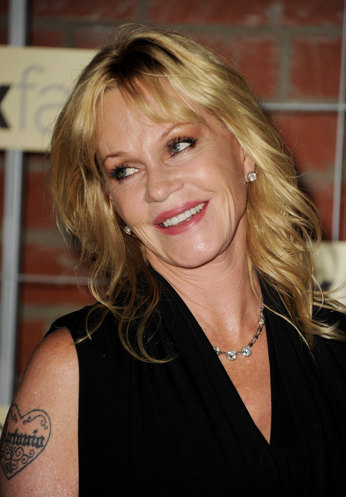 Melanie Griffith S Medium Hairstyle Gorgeous Hairstyles