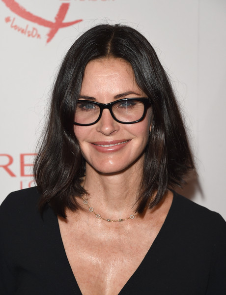 Courteney Cox's Textured Lob