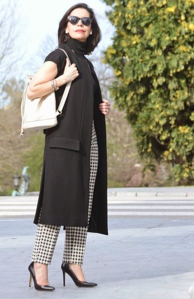 Go Classic With Black & White