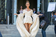 Celine Dion's Most Exciting Looks Over The Years